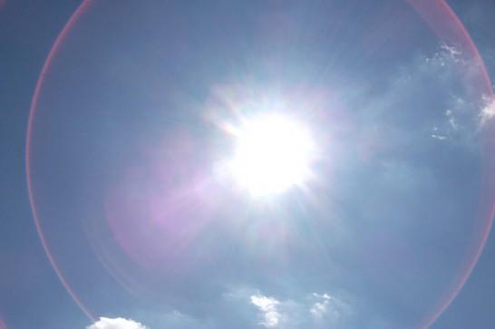 うんざりするような太陽